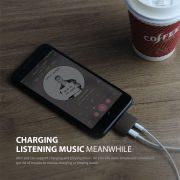 2 in 1 adapter converter iPhone 7 lightning port to earphone
