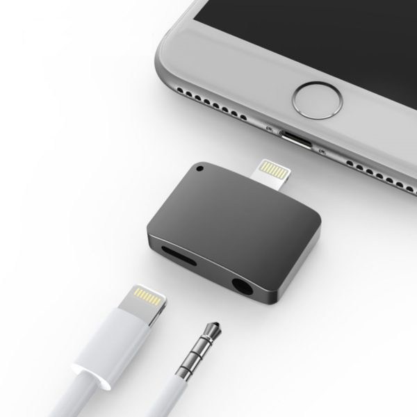 Dual Headphone And Charger Iphone