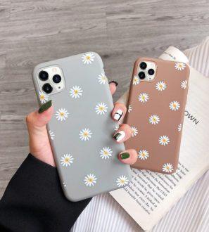 daisy flower iphone 12 case
